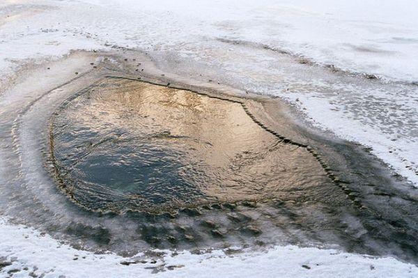 """Алтайский ученый придумал """"незамерзающую полынью"""", чтобы предотвратить гибель рыбы от заморов"""
